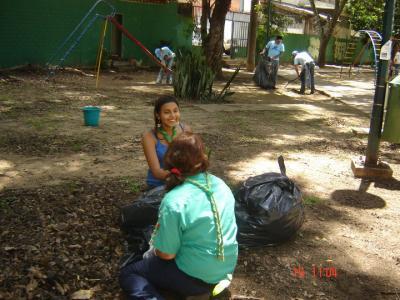 15Ago Realizada hermosa jornada de limpieza parque No. 2