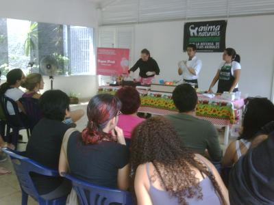 Curso gratuito de comida vegetariana en Asochuao